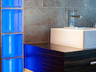 EN-SUITE BATHROOM Asian style bathroom by 2A Design Asian