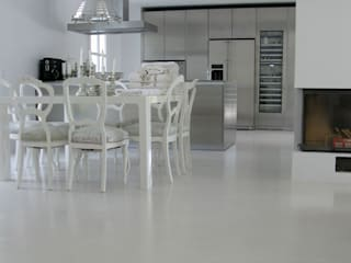 Modern Dining Room by Savamea | edel - mineralisch - fugenlos Modern
