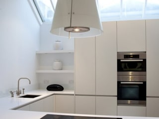 Historic House, Notting Hill, London:  Kitchen by 4D Studio Architects and Interior Designers