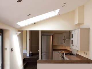 Cocinas de estilo  por RS Architects