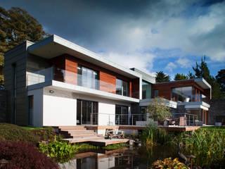 moderne Häuser von Des Ewing Residential Architects