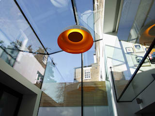 Highgate West Hill Modern dining room by IQ Glass UK Modern