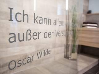 Badmöbel nach Maß: moderne Badezimmer von Klocke Möbelwerkstätte GmbH