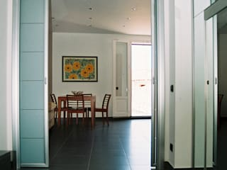 Koridor & Tangga Modern Oleh Studio di Architettura e Design Modern