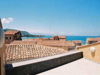 الممر الحديث، المدخل و الدرج من Studio di Architettura e Design حداثي