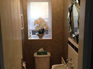 Cloakroom Eclectic style bathroom by Karolina Barnes Studio Eclectic