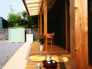 庭に開く、棟もち柱の家 オリジナルな 庭 の T設計室一級建築士事務所/tsekkei オリジナル
