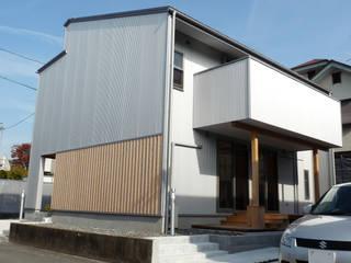 Rumah by T設計室一級建築士事務所/tsekkei
