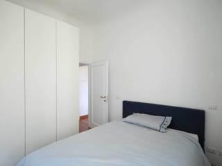 Dormitorios de estilo  por Arch. Alessandro Interlando