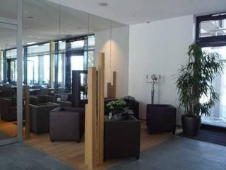Locais de eventos  por Spaett Architekten GmbH