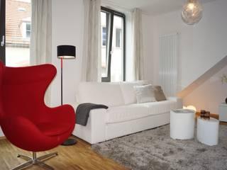 MUSTERWOHNUNG! 3 Einheiten in 3 Monaten VERKAUFT!: modern  von HomeStagingDE,Modern