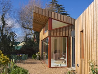 Pond House_Passive House (Passivhaus) Modern windows & doors by Forrester Architects Modern