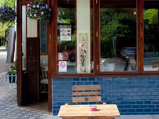 Restaurantes de estilo  por RS Architects