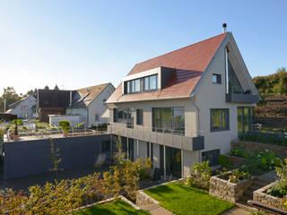 Nhà by Spaett Architekten GmbH