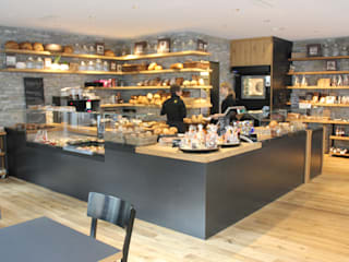 Gass 17 - Bäckerei:  Ladenflächen von Spaett Architekten GmbH
