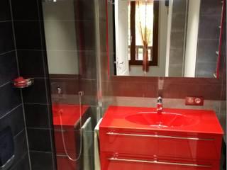 Petite salle de bain contemporaine TORRES MOULIN
