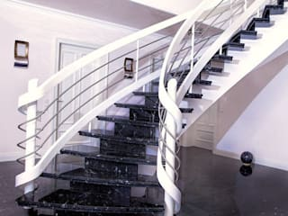 Klepfer Naturstein GbR Corridor, hallway & stairsStairs
