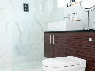 Modernist townhouse renovation & redesign: modern Bathroom by WALK INTERIOR ARCHITECTURE + DESIGN
