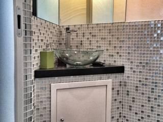 Casa Formosa: Bagno in stile in stile Moderno di Giulia Villani - Studio Guerra