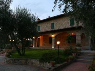Casas de estilo colonial de Studio Tecnico Progettisti Associati Ing. Marani Marco & Arch. Dei Claudia Colonial