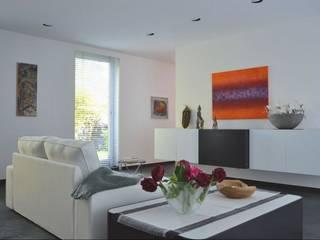 現代  by Home Staging Ulrike Philipp , 現代風