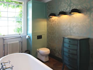 Hoxton Victorian Bathroom من Inara Interiors إنتقائي