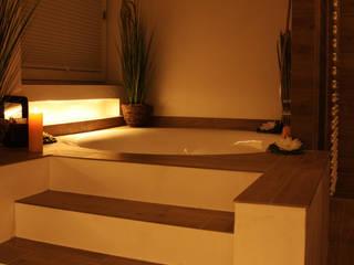 Moderne badkamers van baqua - Manufaktur für Bäder Modern