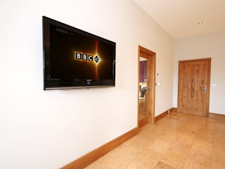 South Yorkshire Home Automation Country style corridor, hallway& stairs by Inspire Audio Visual Country