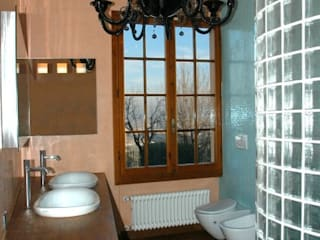 bathroom 2 Baños de estilo moderno de CHRISTIAN THEILL DESIGN Moderno