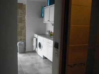 Кухни в эклектичном стиле от Christèle BRIER Architechniques Эклектичный