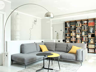 I ♥ GRAY :: Maresa's living room من Spazio 14 10 di Stella Passerini حداثي