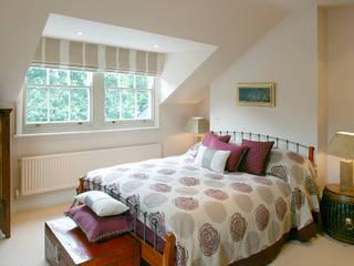 Belsize Park Moderne Schlafzimmer von Hélène Dabrowski Interiors Modern