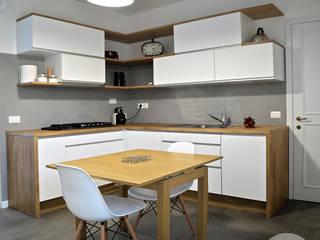 I ♥ GRAY :: la cucina di Maresa Cucina moderna di Spazio 14 10 di Stella Passerini Moderno