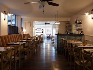 Restaurantes de estilo  por Matteo Bianchi Studio
