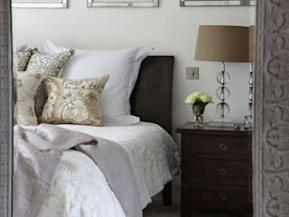 Country Home Bedroom: country Bedroom by Charlotte Crosland Interiors