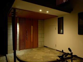 H2O設計室 ( H2O Architectural design office ) Classic style houses