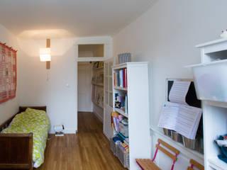 eclectic Nursery/kid's room by Christèle BRIER Architechniques