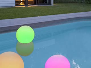 LÁMPARA EXTERIOR LED-RGB:  de estilo  de beZeep.es