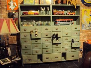 Cassettiera legno:  in stile industriale di Neoretro, Industrial