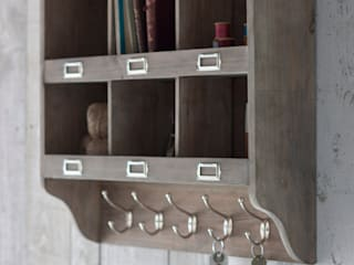 Industrial Style Furniture: rustic  by Loop the Loop, Rustic