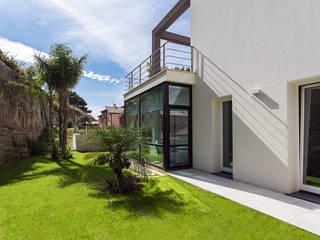 2C House Casas modernas de Studio 4e Moderno