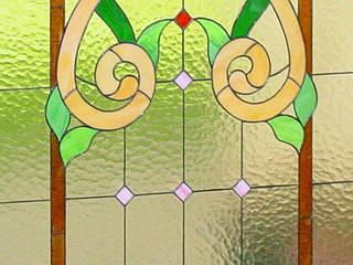 Витражное окно:  в . Автор – Витражный мир