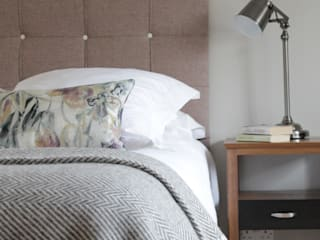 The Hepworth Luxury Upholstered Bed: eclectic  by TurnPost, Eclectic