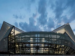 Arena Pantanal od GCP Arquitetura & Urbanismo Nowoczesny