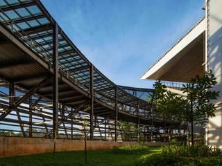 Arena Pantanal Moderne stadions van GCP Arquitetura & Urbanismo Modern