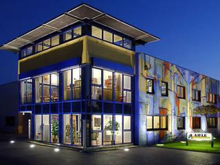 Fassadengestaltung Firmengebäude - Malermeister Ahle GmbH Moderne Bürogebäude von Oliver Kray Modern