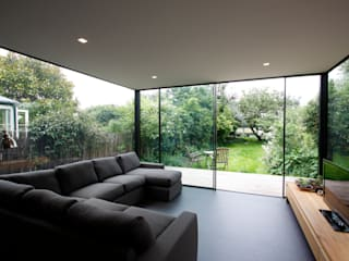 Turney Road IQ Glass UK Modern living room