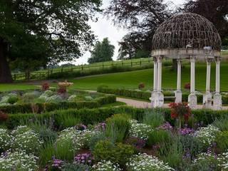 Grand Terrace Landelijke tuinen van Cool Gardens Landscaping Landelijk