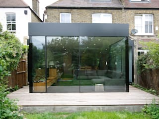 Turney Road Modern living room by IQ Glass UK Modern