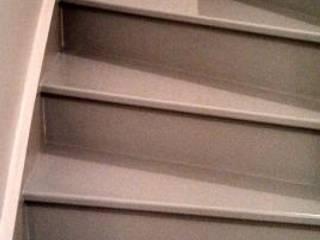 Escaliers: Couloir et hall d'entrée de style  par FLEX DECO